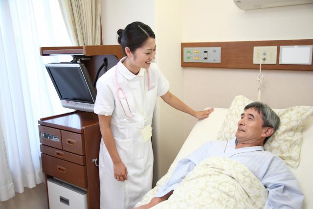 老人ホーム・介護施設の種類|各施設の特徴・費用から選び方まで解説