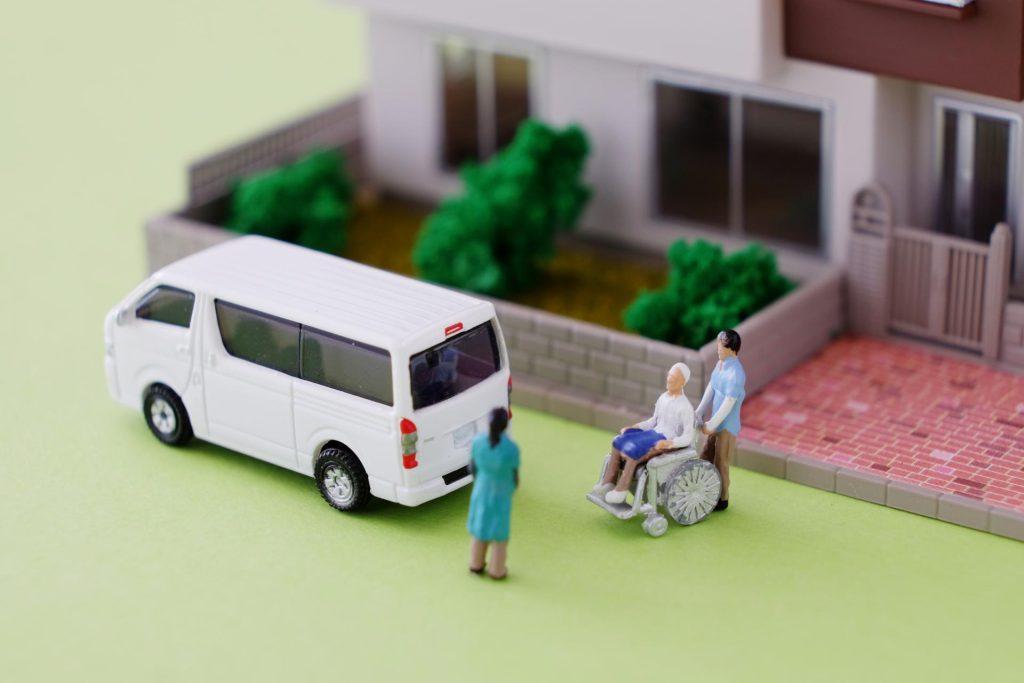 訪問介護とは?サービス内容から費用、施設の選び方まで