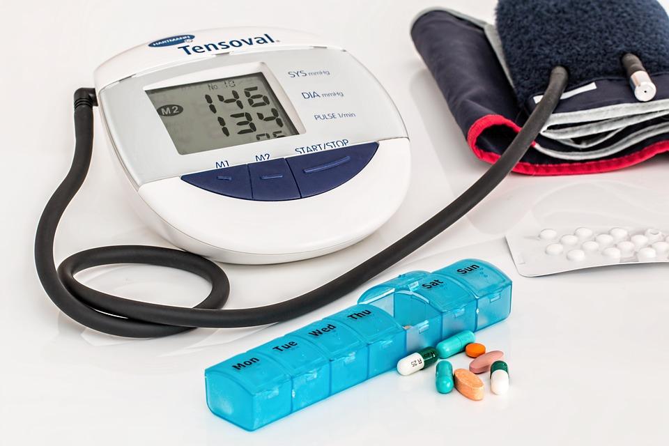 血圧を下げる効果的な食材と栄養素を解説します