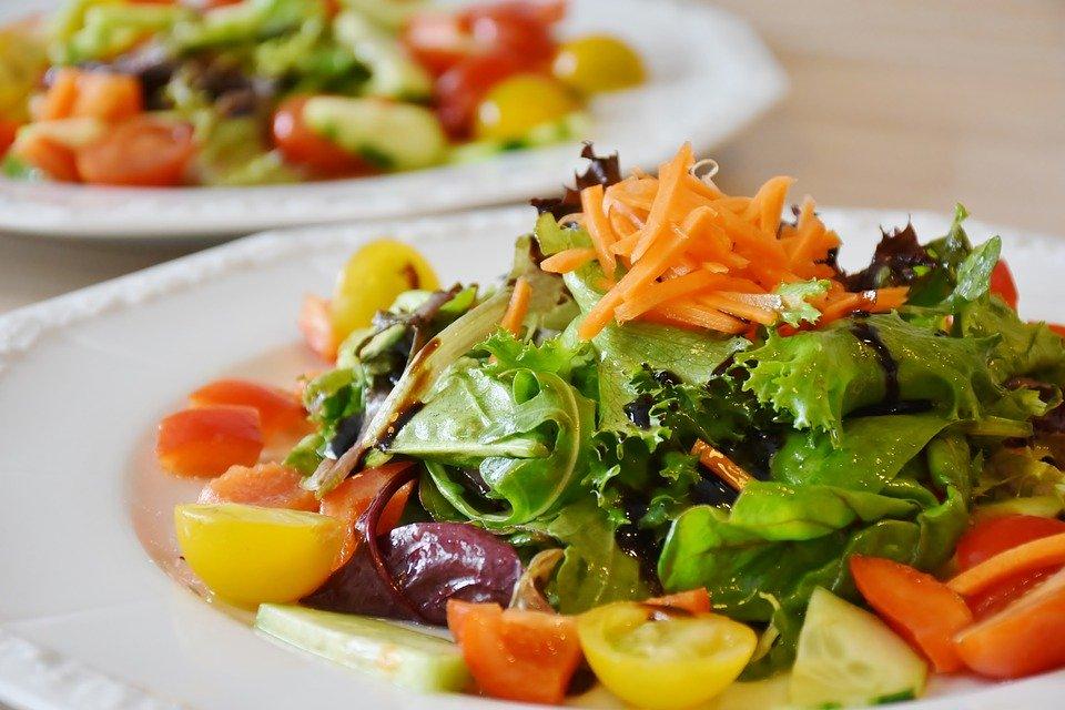 高血圧には食事が大事!食事配達で3食の献立を楽して続けよう