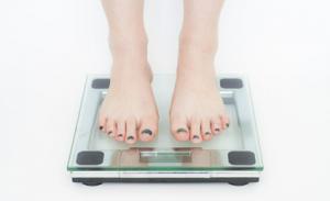 無理な食事制限による健康被害